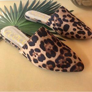 Shoes - REPOSH Leopard Print Mules